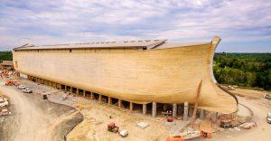 V Amerike vybudovali Noemovu archu v životnej veľkosti. Svoje miesto v nej majú všetky druhy zvierat