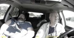 Vodič zaspal za volantom. Mikrospánok v priamom prenose