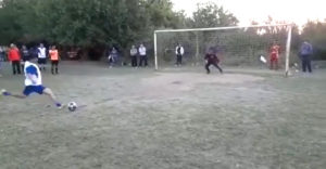 Táto penalta prekvapila brankára, aj samotného hráča