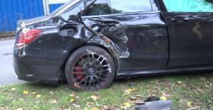 Chcel zamachrovať, nevyšlo! Svoj Mercedes C63S AMG poslal do smútku