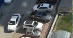 Keď ti zablokujú zaparkované auto a ty z tade aj tak dokážeš vyjsť so cťou
