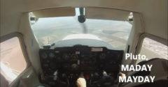 Musel sa pokúsiť o núdzové pristátie (Odišiel mu motor)