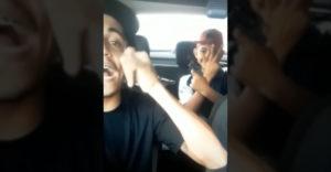 Ozbrojení lupiči odvysielali naživo ako sa tešia z ukradnutého auta (Karma už čakala)