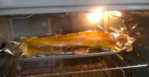 Filetovaná ryba jej pri pečení skákala v rúre ako živá (Čo to bolo?)