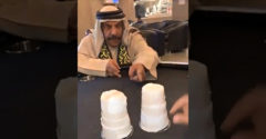 Mohamed sa nechal zapáliť. Kúzelník si našiel ľahkú obeť