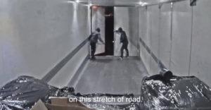 Lupiči ukradli náklad z kamiónu idúceho 80 km/h. Ďalší krát sa na nich pripravili