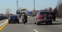 Motorkár si myslel, že cesta patrila iba jemu (Spôsobil nehodu)