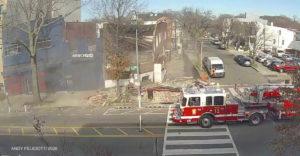 Budova sa nečakane zrútila. Nasledoval najrýchlejší príchod hasičov v histórii