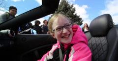 Otec vyzdvihol svoju dcéru zo školy na Ferrari. Bol zvedavý na jej reakciu