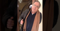 Taliansky dôchodca trvá na tom, že pôjde von na kávu (Dcéru nepočúval)