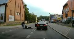 Opilec na ceste vs. netrpezlivý vodič