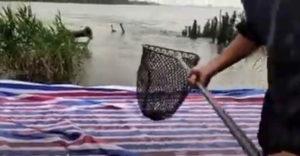 Ryba spáchala samovraždu (Štastný rybár)