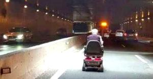 88-ročný dedko na invalidnom vozíku spôsobil dopravnú zápchu na diaľnici