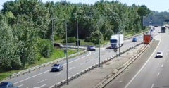 Kamionista svojou pohotovou reakciou zabránil nehode pri vjazde na diaľnicu D2