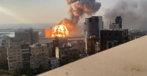 Zverejnili doposiaľ nevidené spomalené zábery výbuchu v Bejrúte