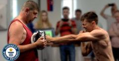 Na Slovensku padol svetový rekord. Kickboxer nastrieľal najviac úderov za minútu