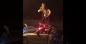Kamoško, zo strechy môjho auta skákať nebudeš (Bolestivá príučka)
