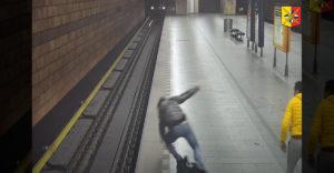 Dramatický súboj na stanici metra v Českej republike (Praha)