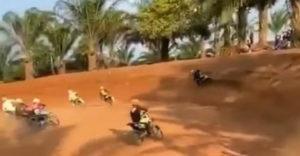 Šikovný manéver na motokrosových pretekoch (Špekulant roka)