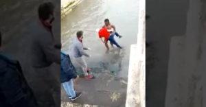 Ani na sekundu nezaváhal a zachránil topiaceho sa muža (Portugalsko)