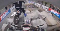 Rozdiel medzi profíkom a amatérmi v motokrosových pretekoch