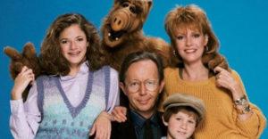 Ako dnes vyzerajú herci zo seriálu Alf? Od prvej klapky ubehlo už 34 rokov