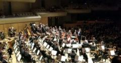 Prekvapenie pre dirigenta počas koncertu (Dojatie neskrýval)