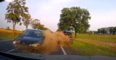 Prešiel do protismeru a zrámoval hneď dve autá po sebe