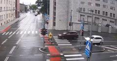 Neber kolobežku, kým nepoznáš základné pravidlá cestnej premávky